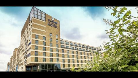 Fashion Hotel Amsterdam, WestCord Hotels - Unravel Travel TV