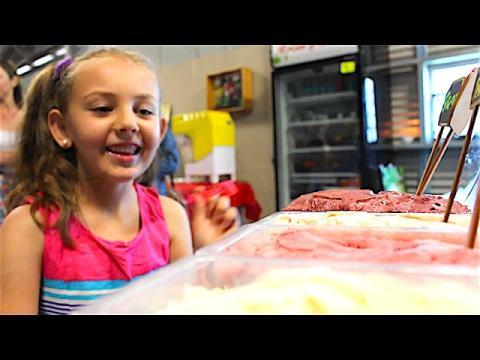 Bethany Mota & Nicko\'s Kitchen - Sweet Treats